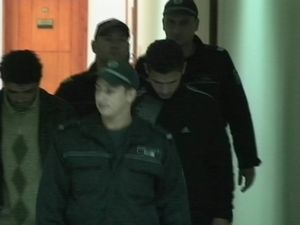 Трафиканти на бременни жени остават в ареста
