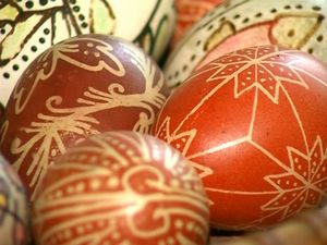 Писани яйца по стар български обичай