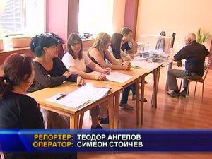 Груби изборни нарушения в град Своге и село Искрец