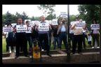 Поддръжници на АТАКА причаквали водещата Лора Крумова