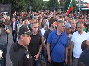 Българите в Орландовци единни срещу циганите