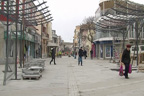 Чадърите в центъра на Бургас - бели и без рекламни надписи