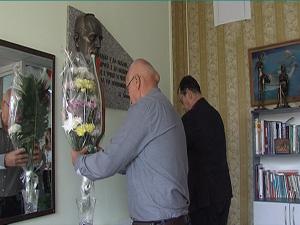 НФСБ и СКАТ почетоха писателя Николай Хайтов в Бургас