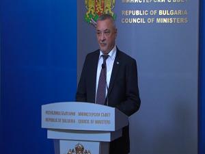 Валери Симеонов подаде оставка като вицепремиер