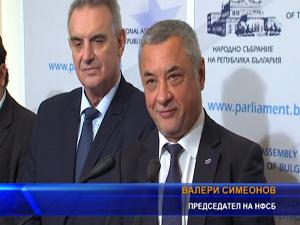 Атака срещу бившия вицепремиер Валери Симеонов, заради новоприетия закон за шума